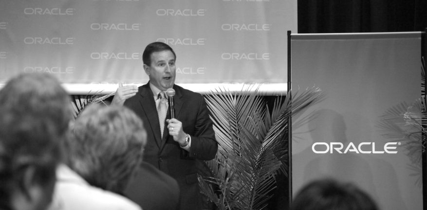 Oracle President Mark Hurd says business is all about gaining and taking market share  whether it39s traditional licensing or subscription here