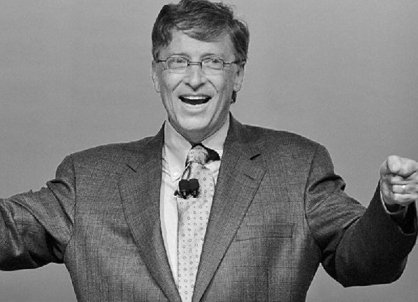 Bill Gates seems to be using Steve Jobs39 old Reality Distortion Field when talking about Microsoft Surface Apple iPads and the tablet market