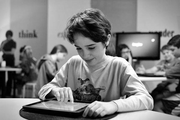 Can Microsoft39s Surface RT elbow Apple aside in education