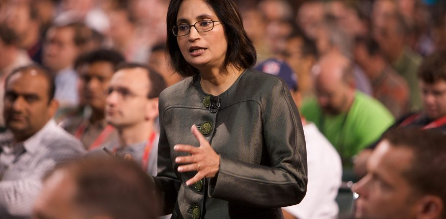 Cisco Chief Technology and Strategy Officer Padmasree Warrior says a softwareonly approach to network virtualization places significant constraints on customers