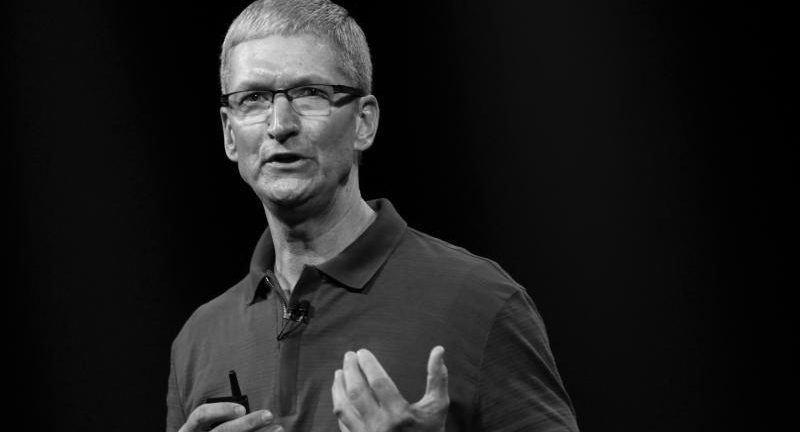Apple chief Tim Cook sees big iPad sales numbers for this holiday season