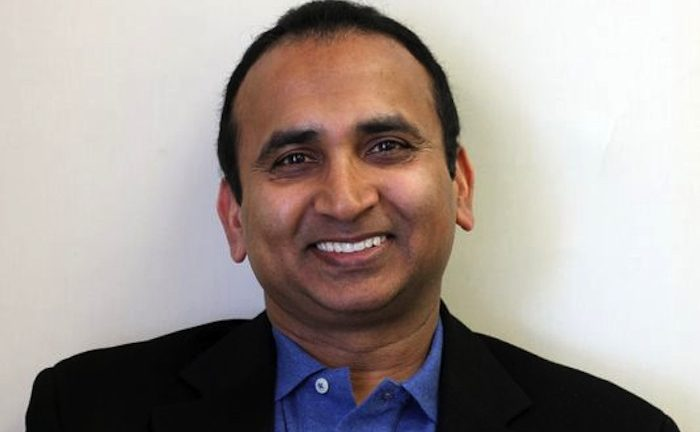 Vijay Basani President and CEO of EiQ Networks