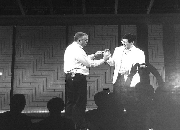Intel CEO Brian Krzanich and Lenovo CEO Yang Yuanqing share stories at Lenovo Tech World