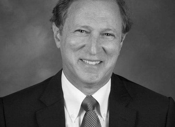 Bill Lipson senior vice president of channels Netapp