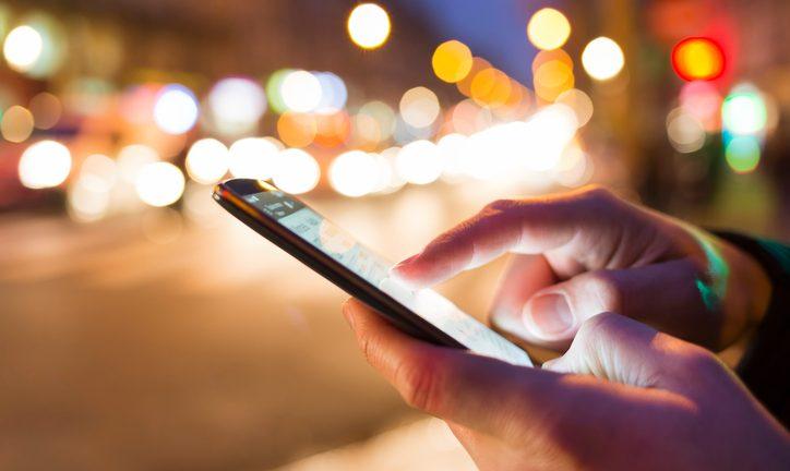 Smartphones Overtake Computers as Top ECommerce Traffic Source