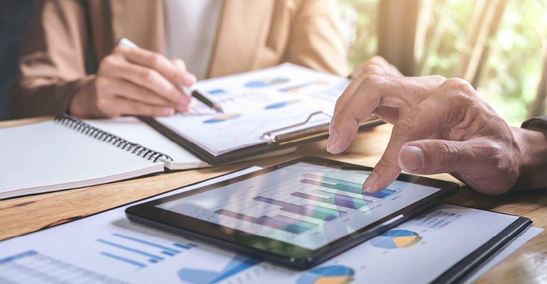 Investors and Financial Charts